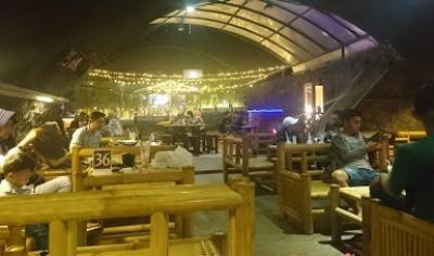 Kafe Kolong Jember