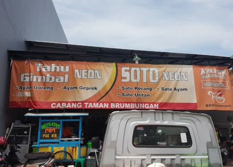 Soto neon Pak Ni Semarang