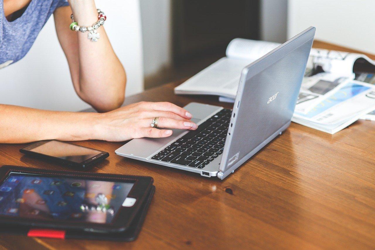 cara cek hardisk laptop masih bagus atau tidak cara cek hardisk laptop rusak atau tidak cara mengecek hardisk laptop windows 10 cara cek hardisk health