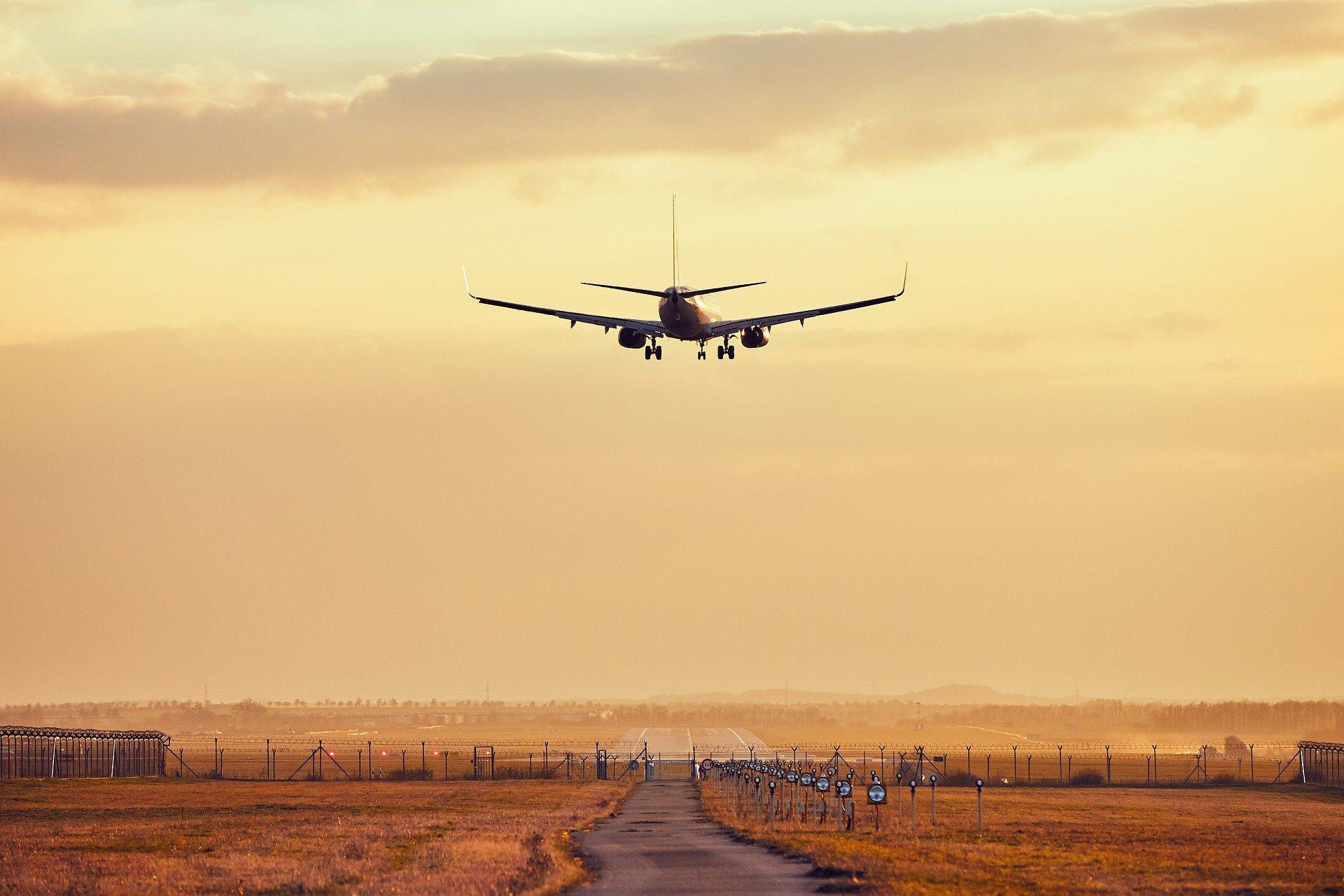 Jurusan Kuliah yang Bisa Kerja di Bandara dengan Gaji Tinggi